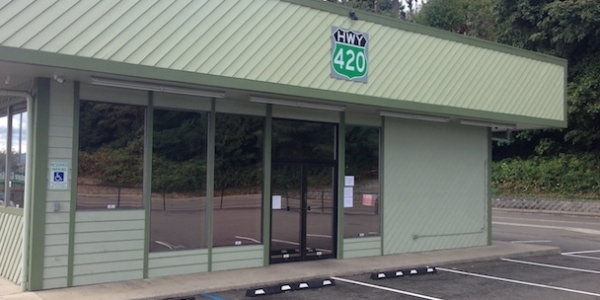hwy 420 storefront