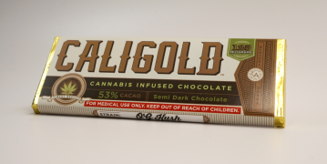 caligold og kush chocolate bar semi dark chocolate 2