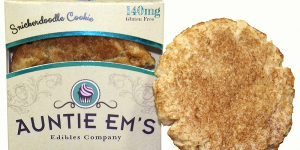 auntie ems snickerdoodle cookie